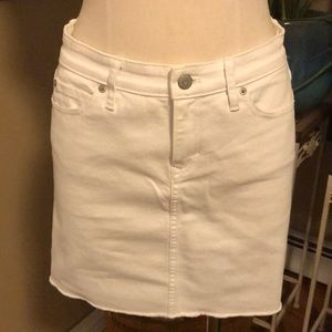 NWT Vineyard Vines White Denim Skirt size 2